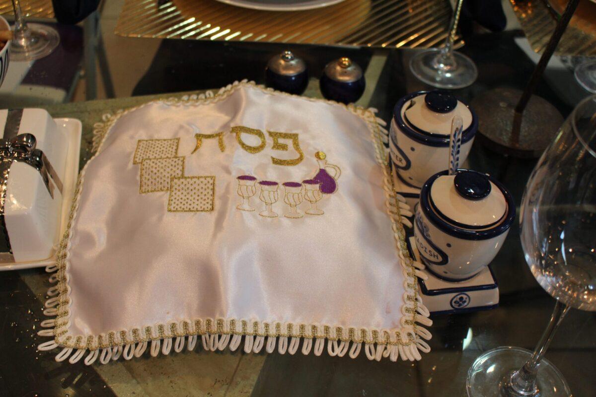 Matzah with horse radish jar and salt water jar
