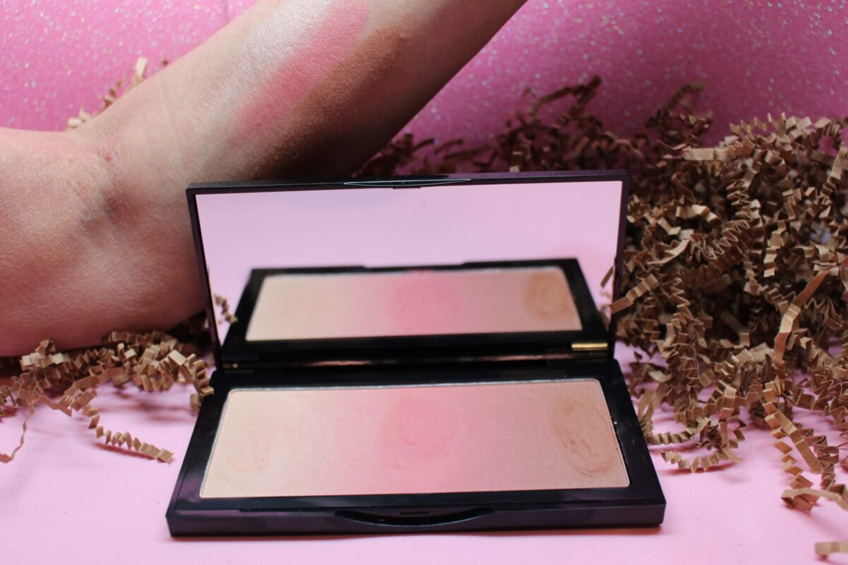 Kevin Aucoin Neo Bronzer in Capri Pink Swatches from left highlighter, pink blush, bronzer