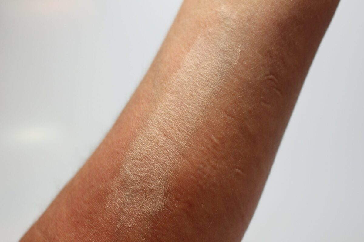 by terry nude milky way swatch