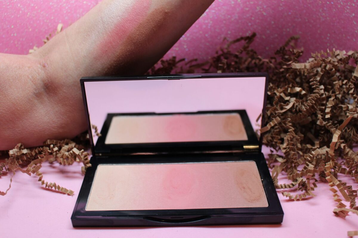 Capri Neo Bronzer swatches from left, highlighter. blush, and bronzer