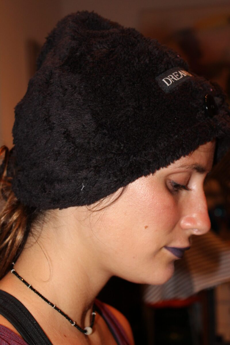 My niece, Racky , loved this soft,woolly, superabsorbant turban