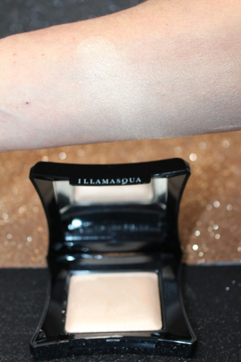Illamasqua Beyond Powder in OMG Swatch