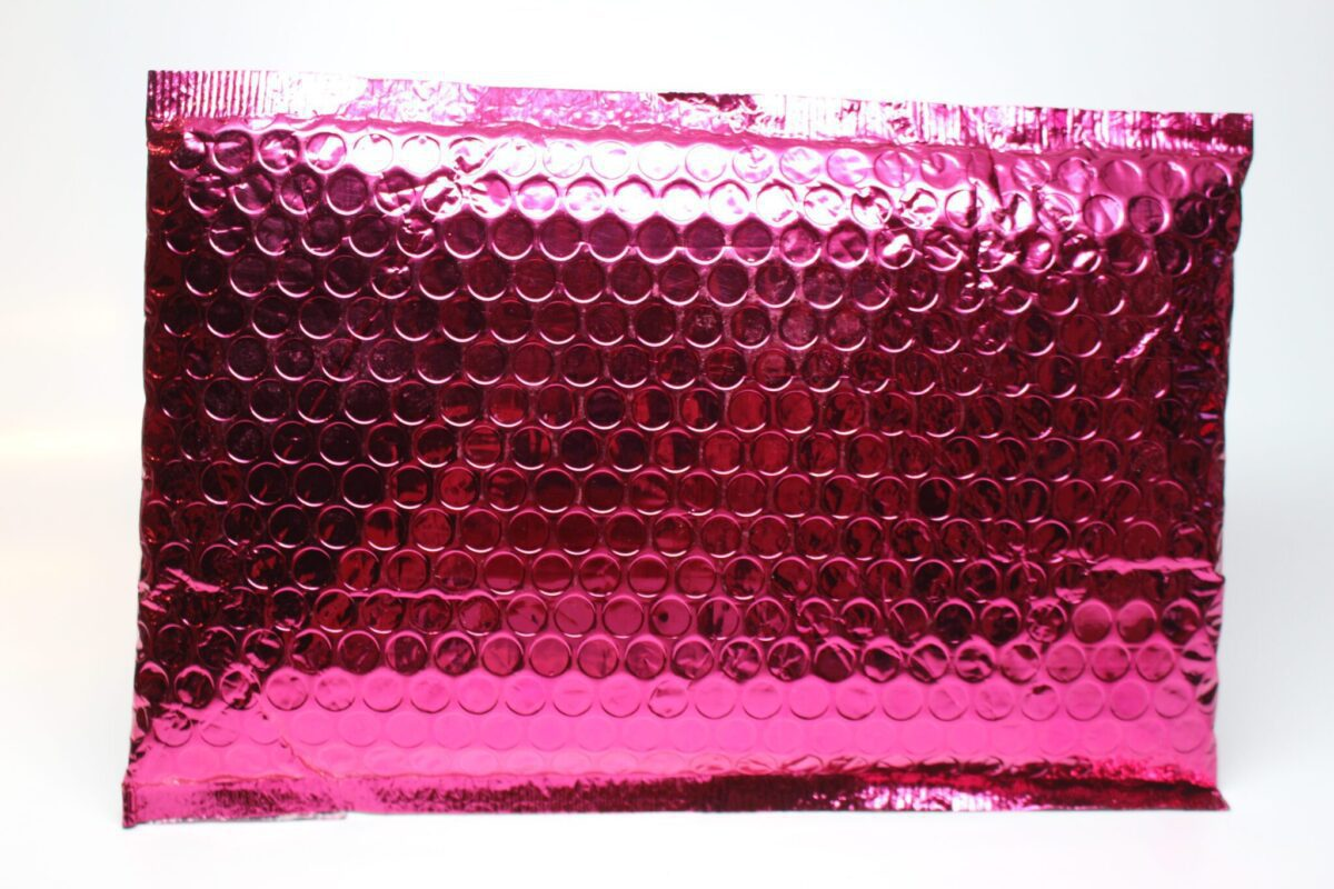 ipsybag-packaged-mailbag-hotpink!