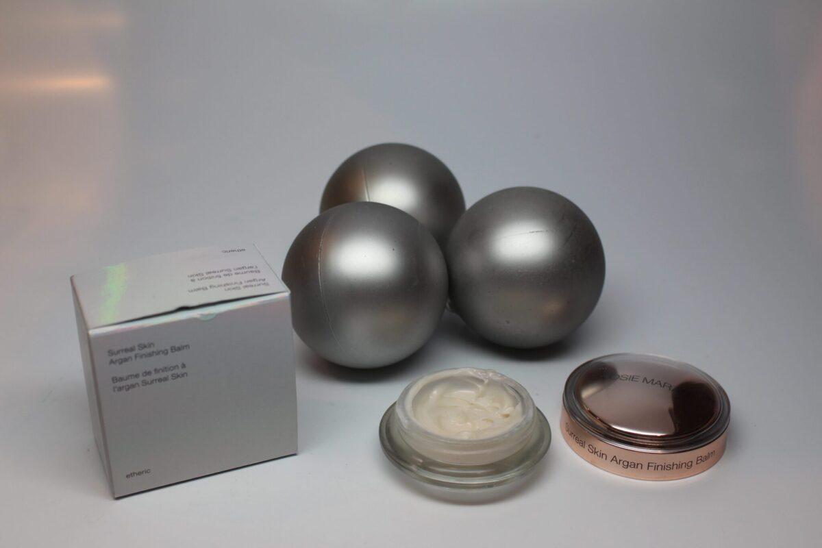 Josiemaran-skincare-argan-arganoil-makeupprimer-surreal-skin-argan-finishing-balm-