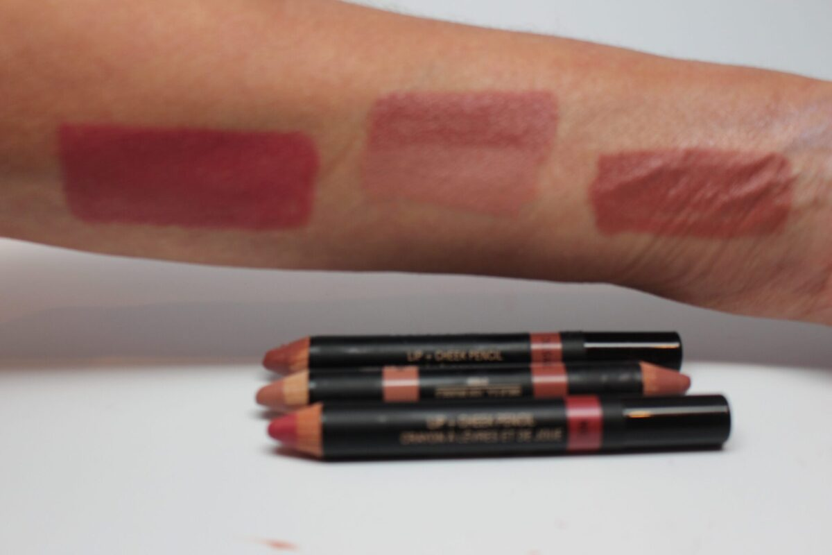 Nude Stix Crayons - Natural, Luxurious, Fast and Easy to Use! | pot•pour•ri of whatever
