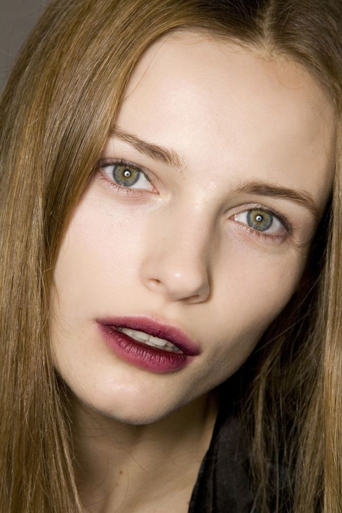 fall-2016-trendingmakeup-trends-stained-lips-red-redstainedlips