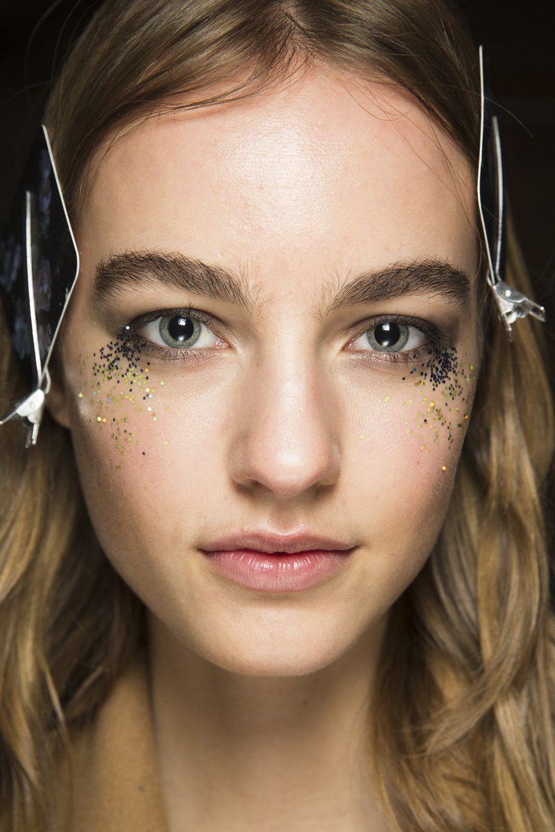 fall-trends-thisfall-2016-glitteristrending-glitter-is-for-grownups