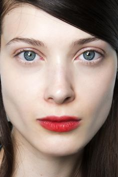 fall2016-makeuptrend-red-stained-lips-forfall2016