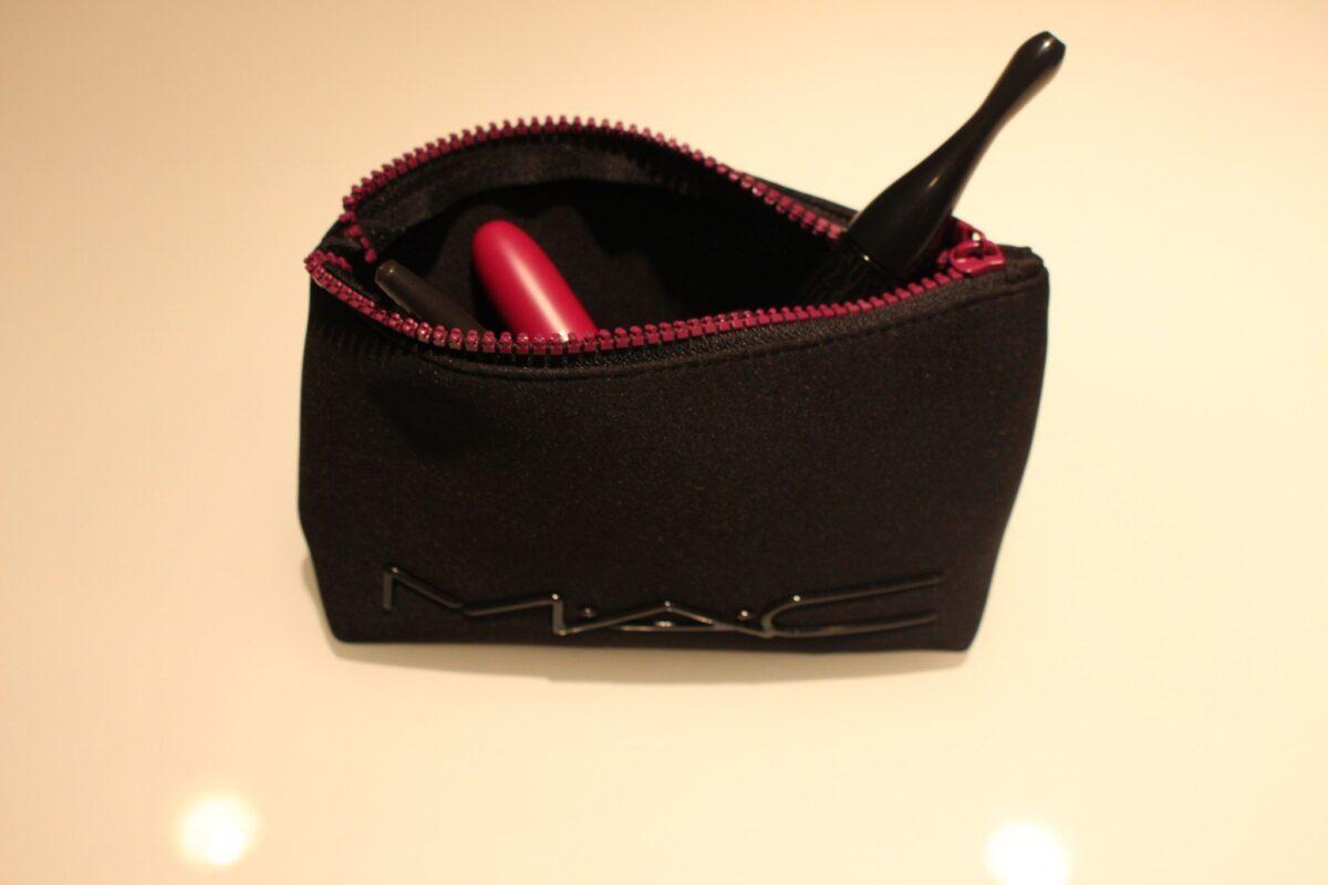 Black Mac Limited Edition Neoprene Cosmetics Bag with Purple Zipper