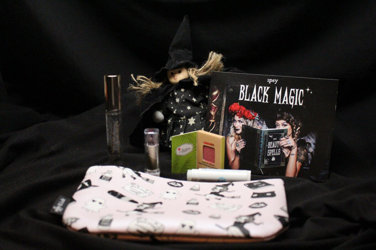 Contents of October Glam Bag
