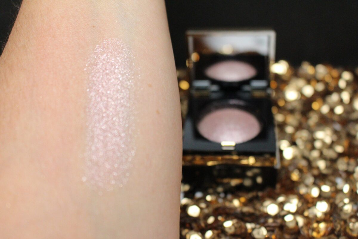 Bobbi Brown Limited Edition Sequin Eyeshadow in Silver Heather Swatch