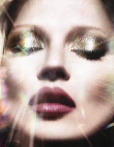 charlotte-tilbury-kate-moss-the-face-of-scent-of-a-dream-campaigne