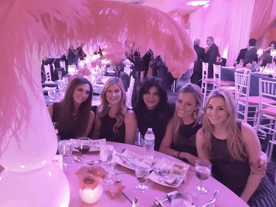 Hayley, Bikini, Me, Jaymooo, and birthday girl Pinky!