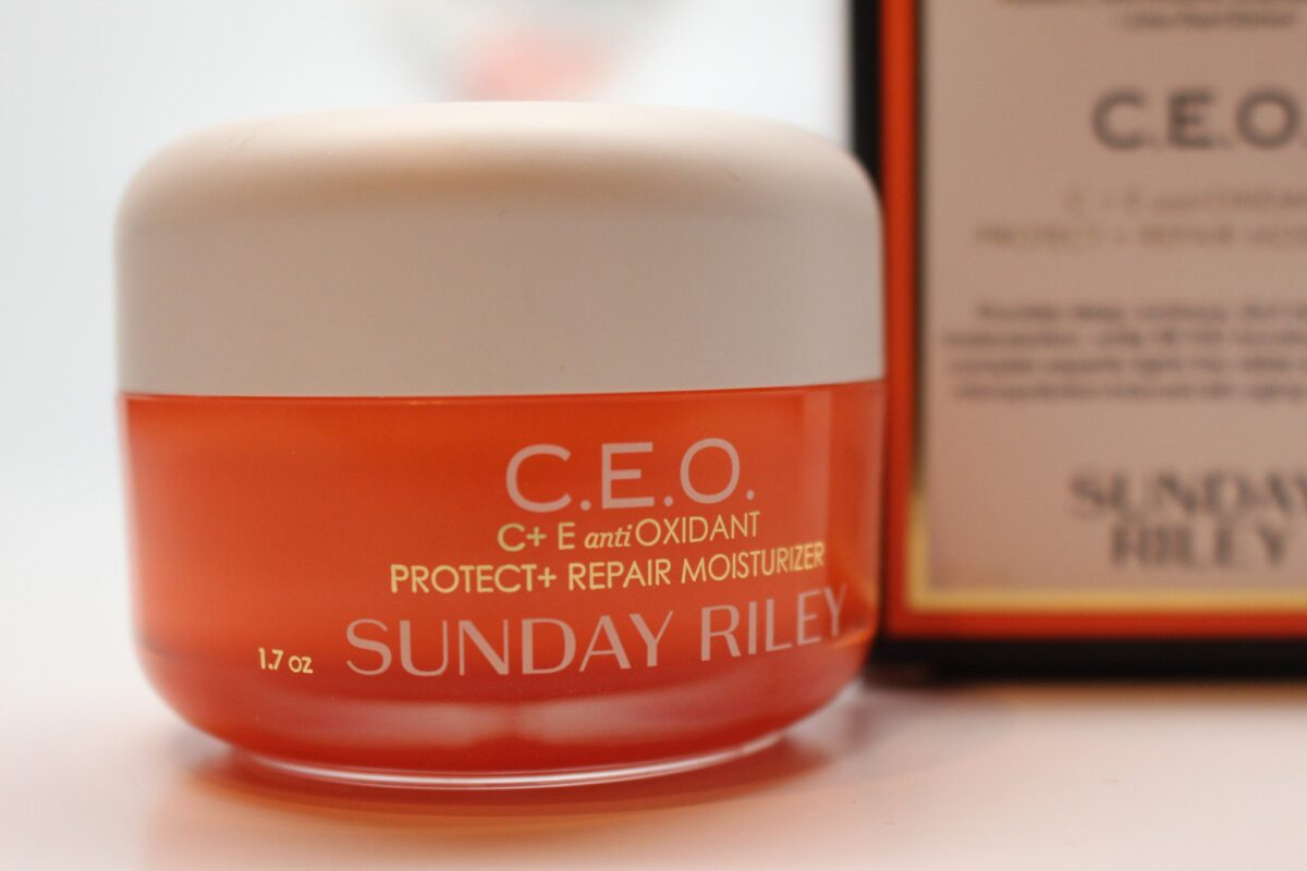 ceo-sunday-riley-5-lipid-soluable-form-tetrahexldecyl-ascorbate-best-c-ingredient