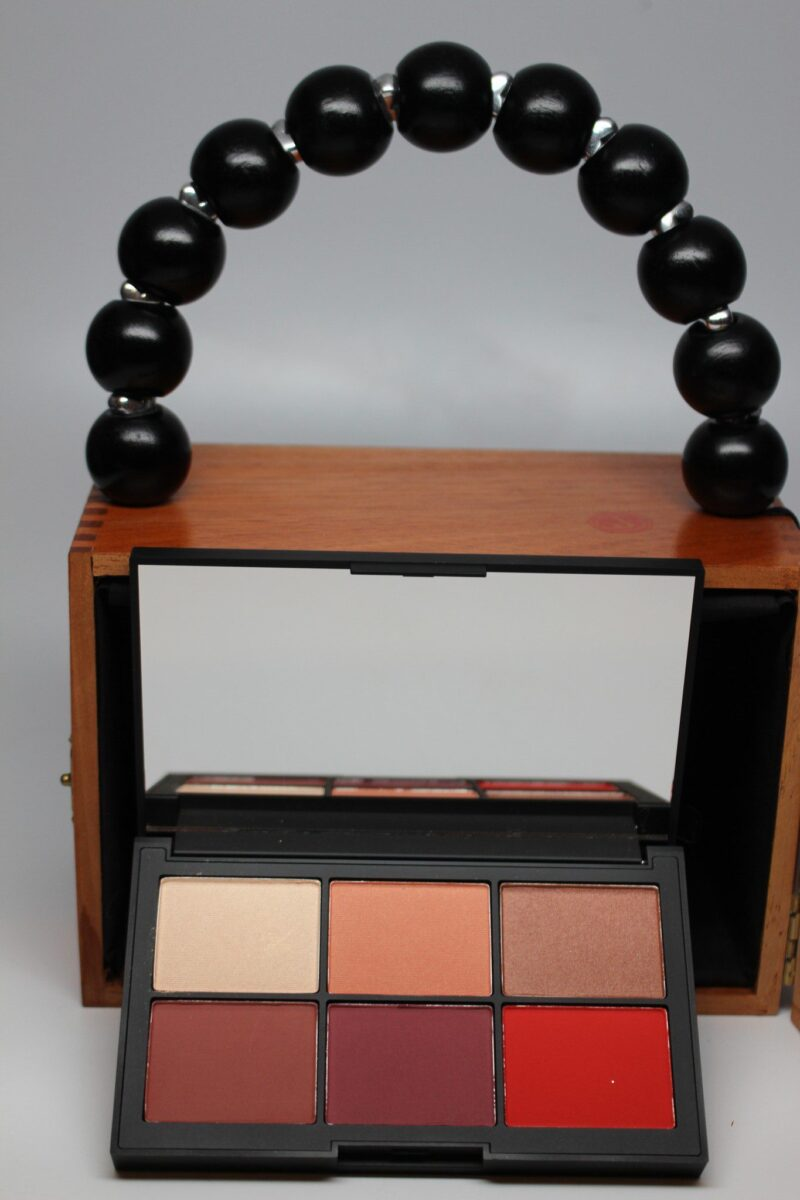 Narcissist Unfiltered 1 Cheek Palette is chock full of color!