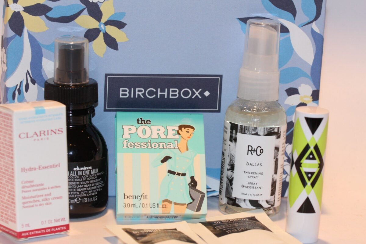 Birchbox-March-Box-Pretty-Mighty-in-honor-of-women's-history-month