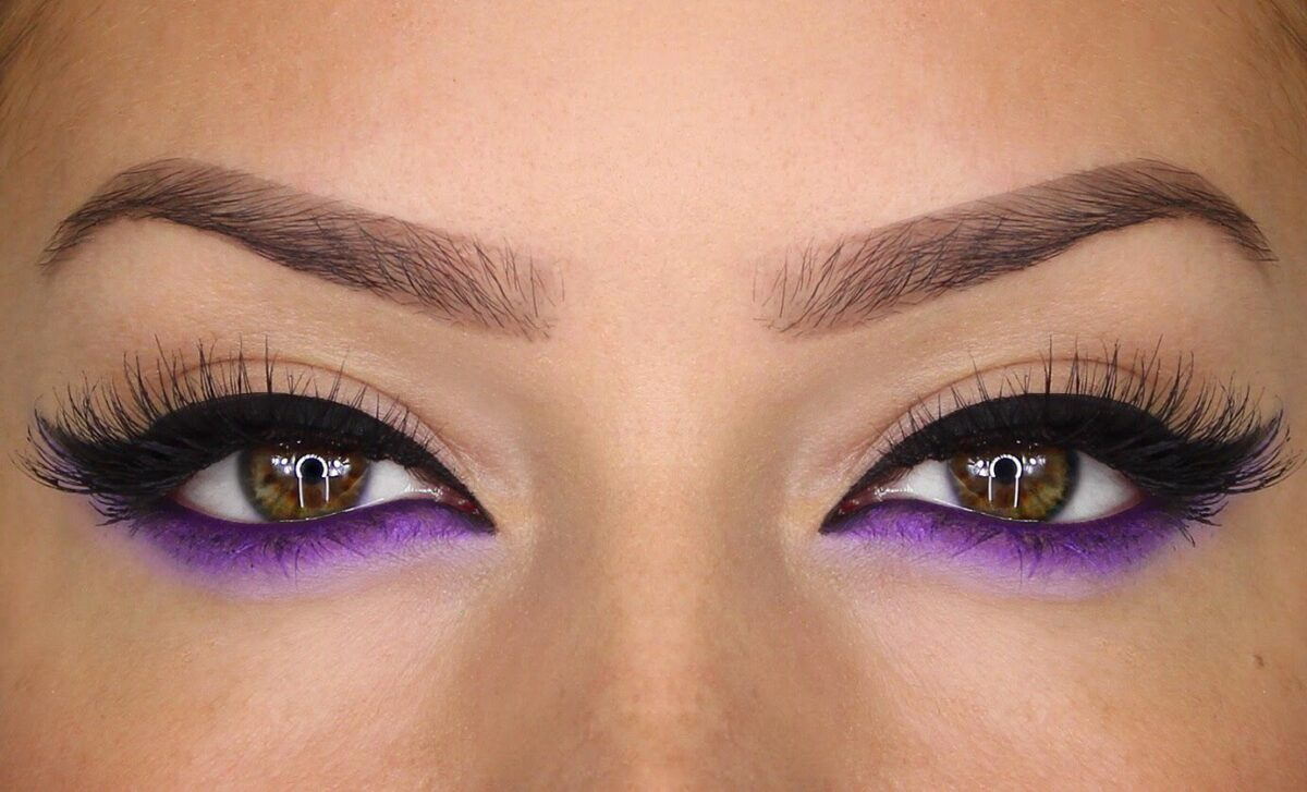 intimidating eye makeup Eye makeup makeup magazine eye makeup eye shadow eyebrow makeup eyeliner mascara lip color applying a green concealer might seem intimidating at first.