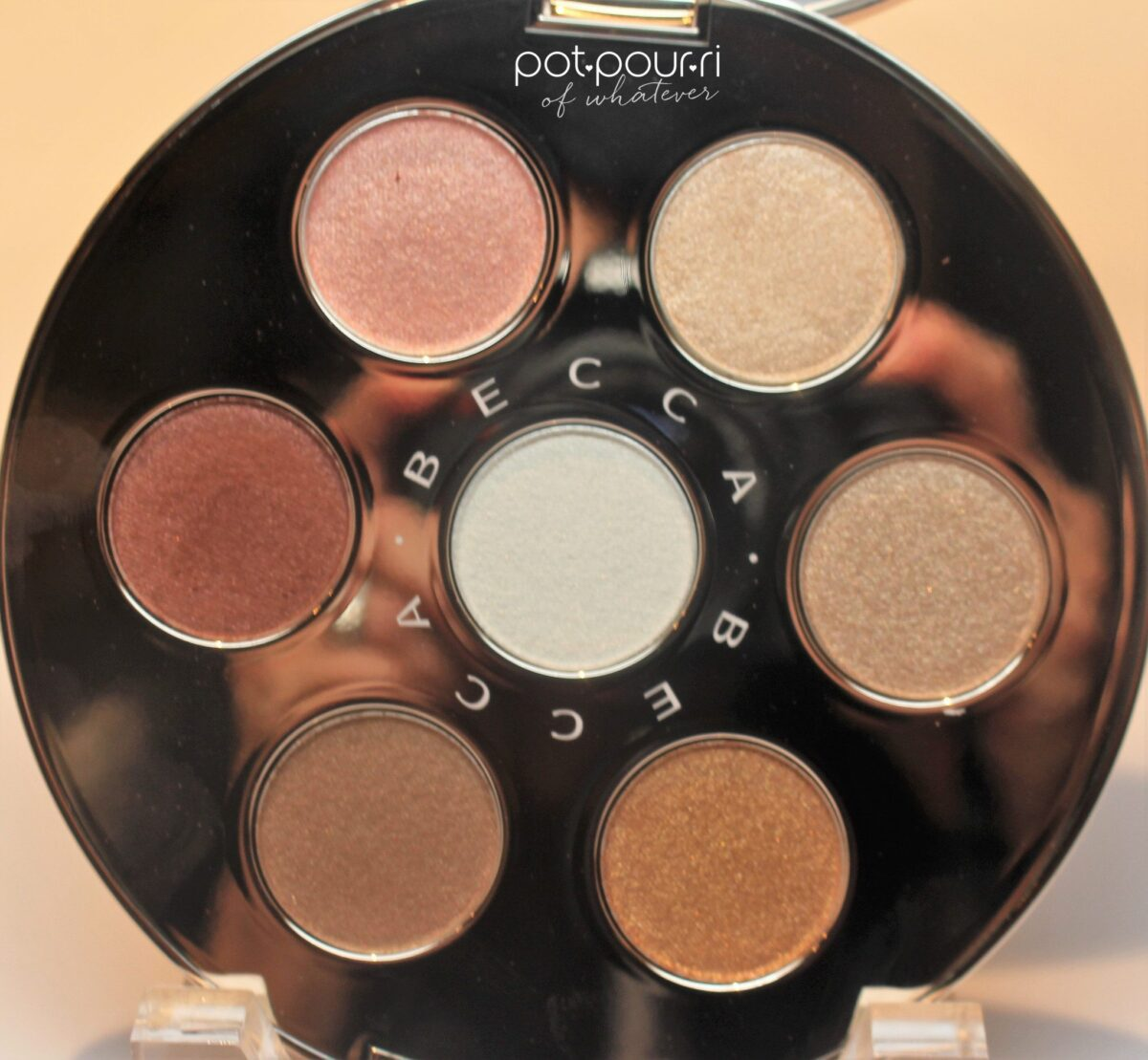 Becca-eyeshadow-apres-ski-palette-highlighters-7-
