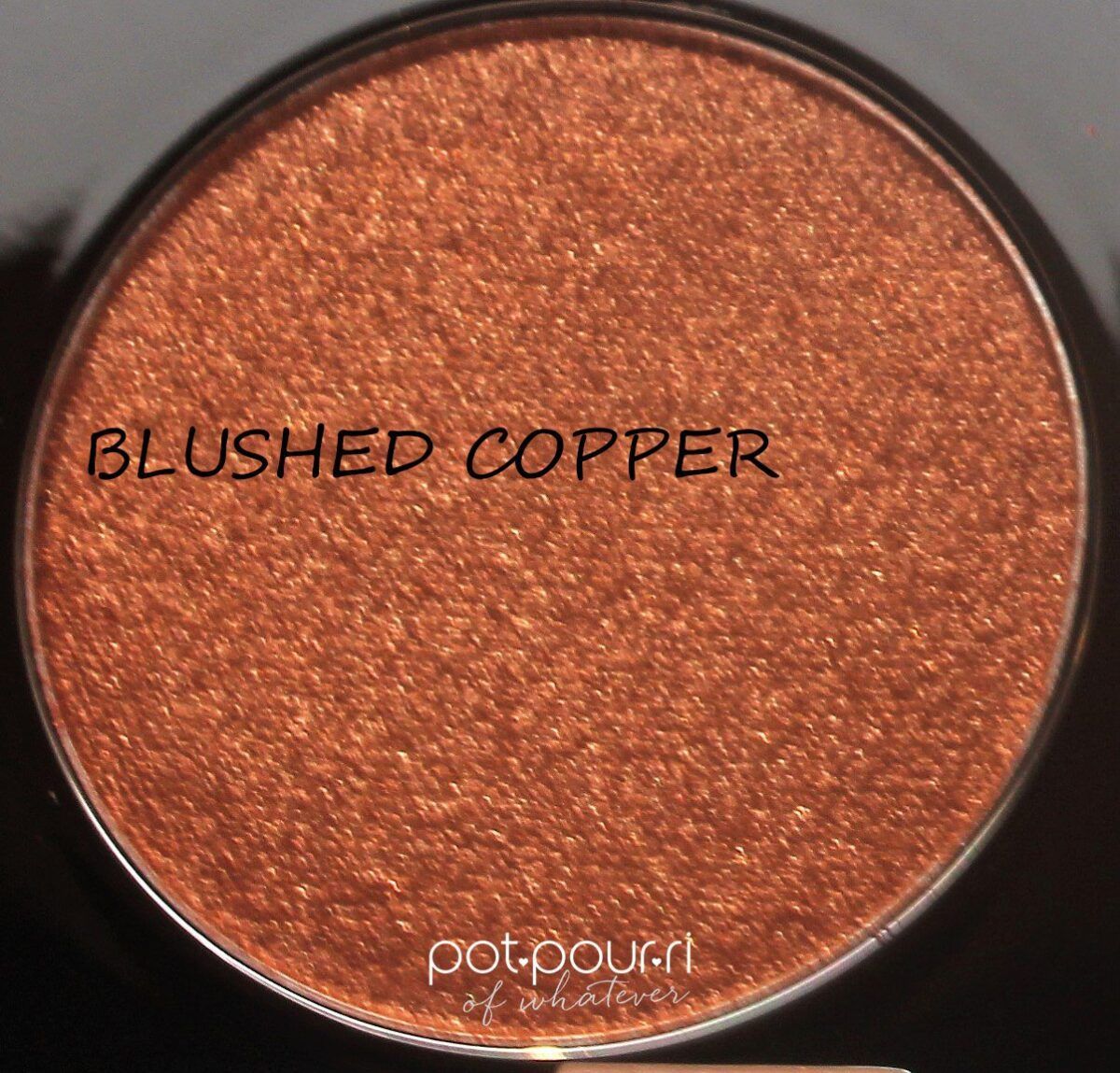 Becca-face-palette-Apres-ski-holiday-face-shadesBLUSHED-COPPER-