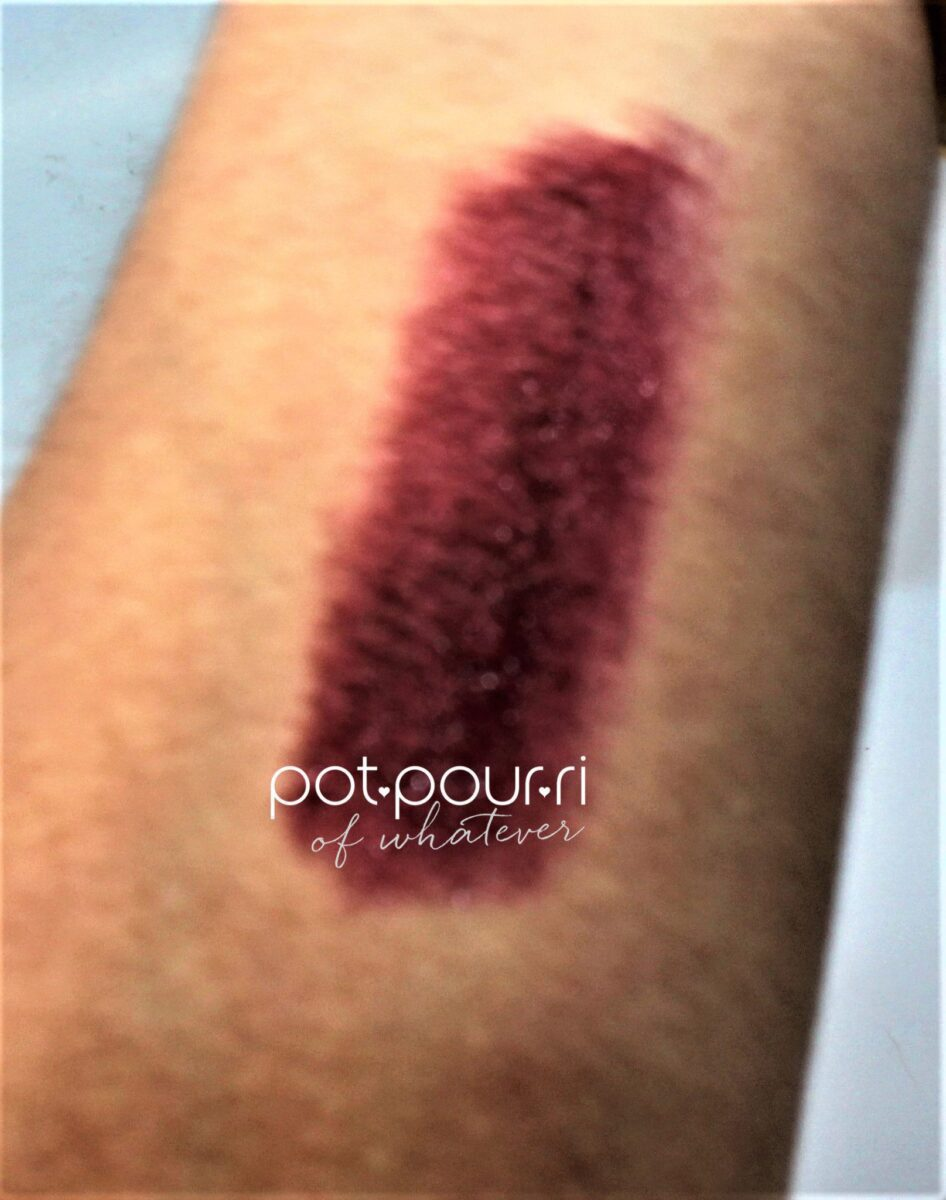 Burberry-full-kisses-oxblood-swatch