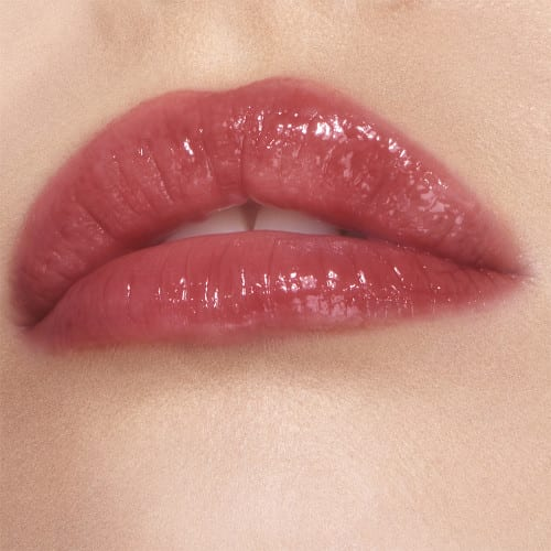 collagen lip bath in Walk Of No Shame is on the lips
