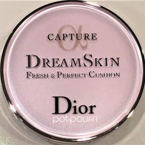 COMPACT FRONT DIOR CAPTURE DREAM SKIN CUSHION PERFECT FRESH