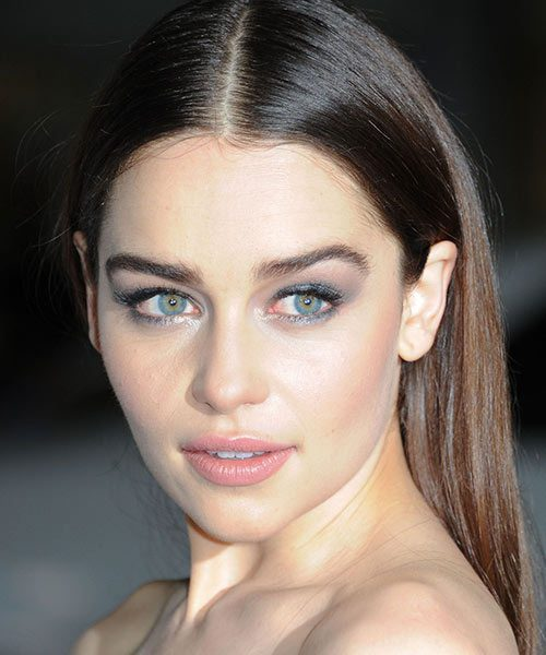 Actress Emilia Clarke : Celebrity Makeup