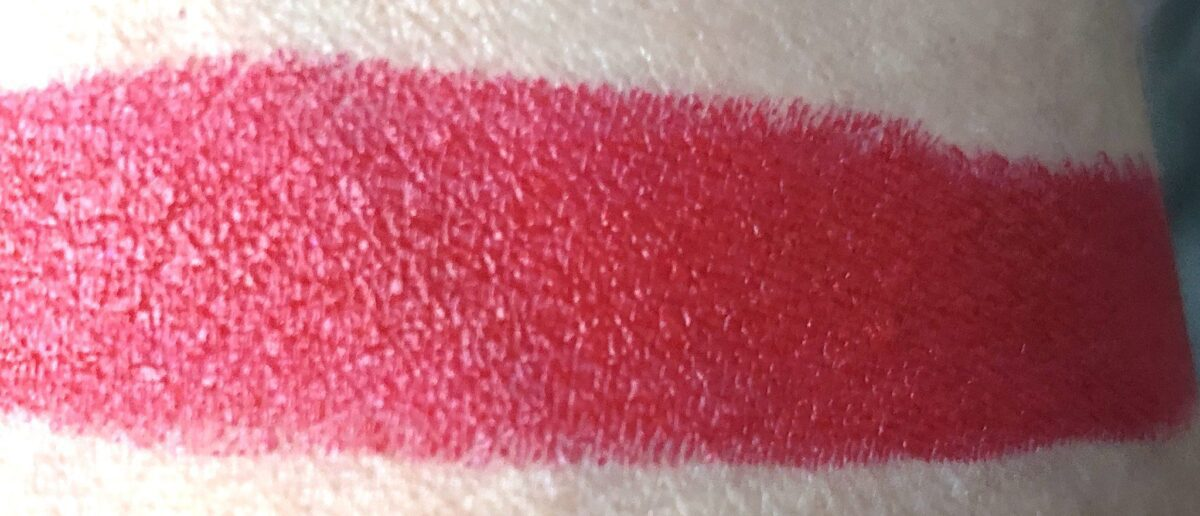 HOT BLOODED SWATCH