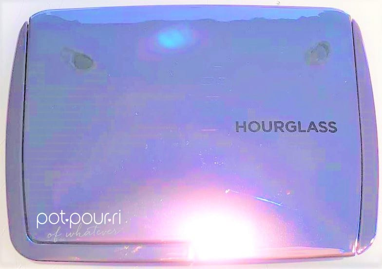 HOURGLASS LIGHTING EDIT VOLUME 4 COMPACT