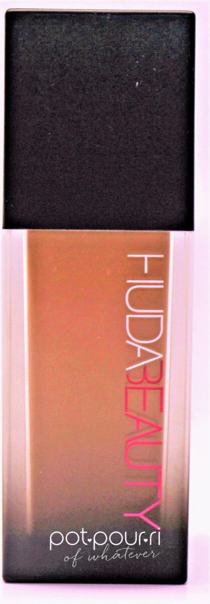 Huda-bottle-foundation
