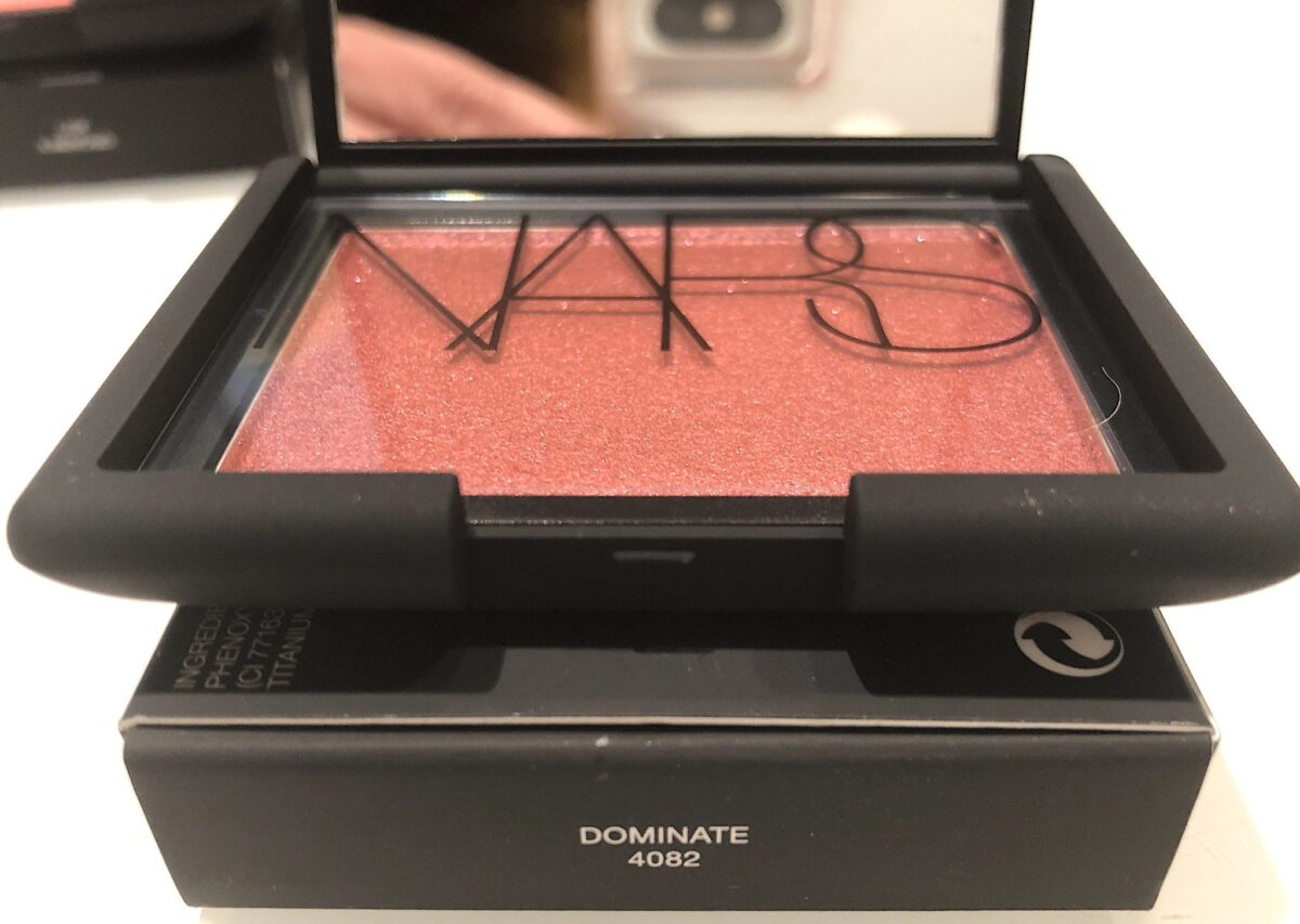 SHADE DOMINATE ONE OF THE NARS ICONIC BLUSH TEN NEW COLORS