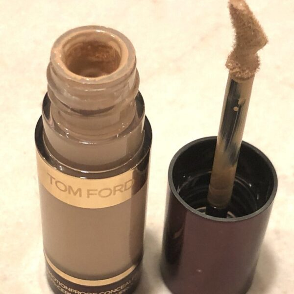 TOM FORD EMOTIONPROOF CONCEALER DOE-FOOT APPLICATOR