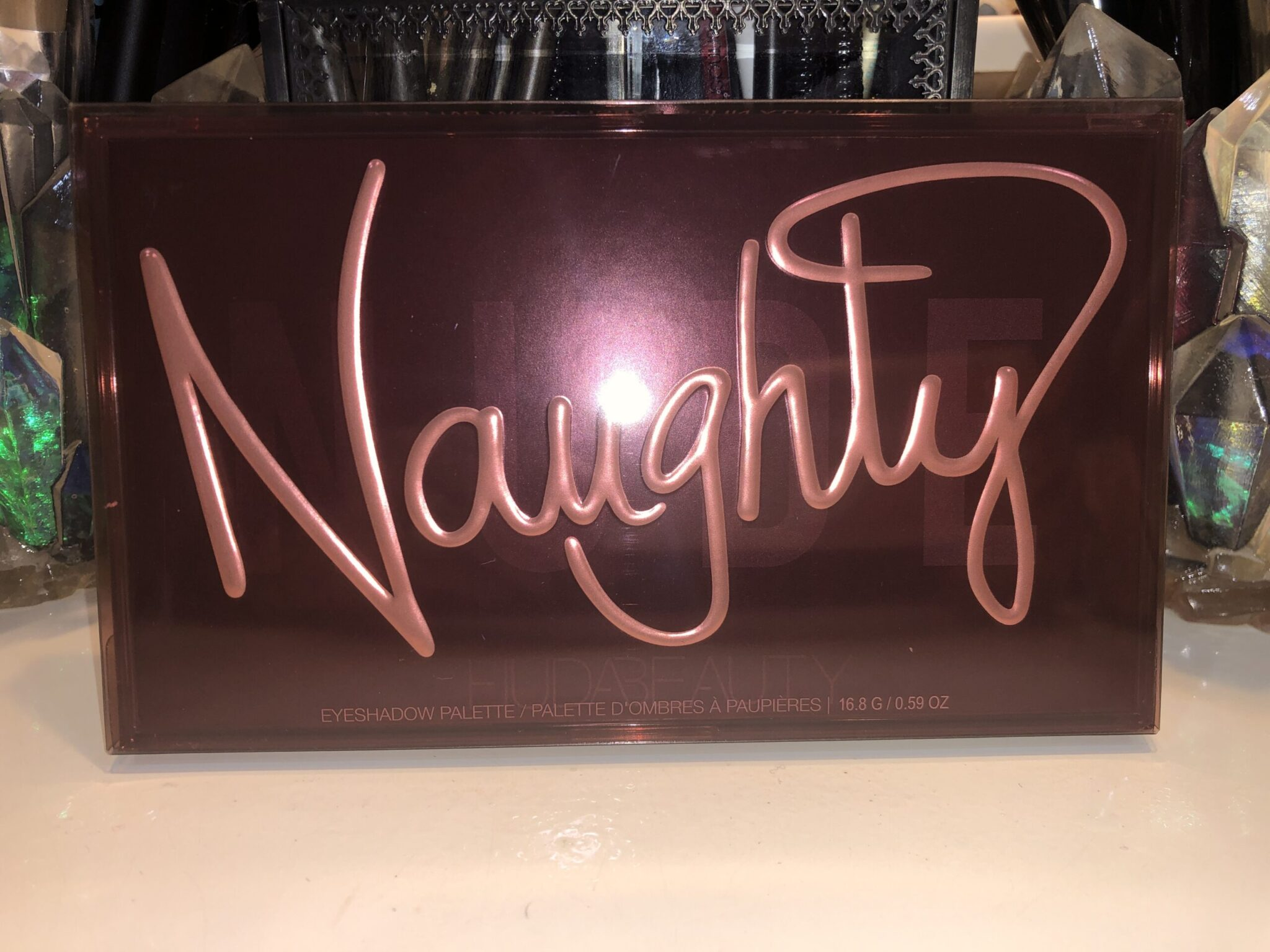 NAUGHTY NUDE EYESHADOW PALETTE OUTER BOX