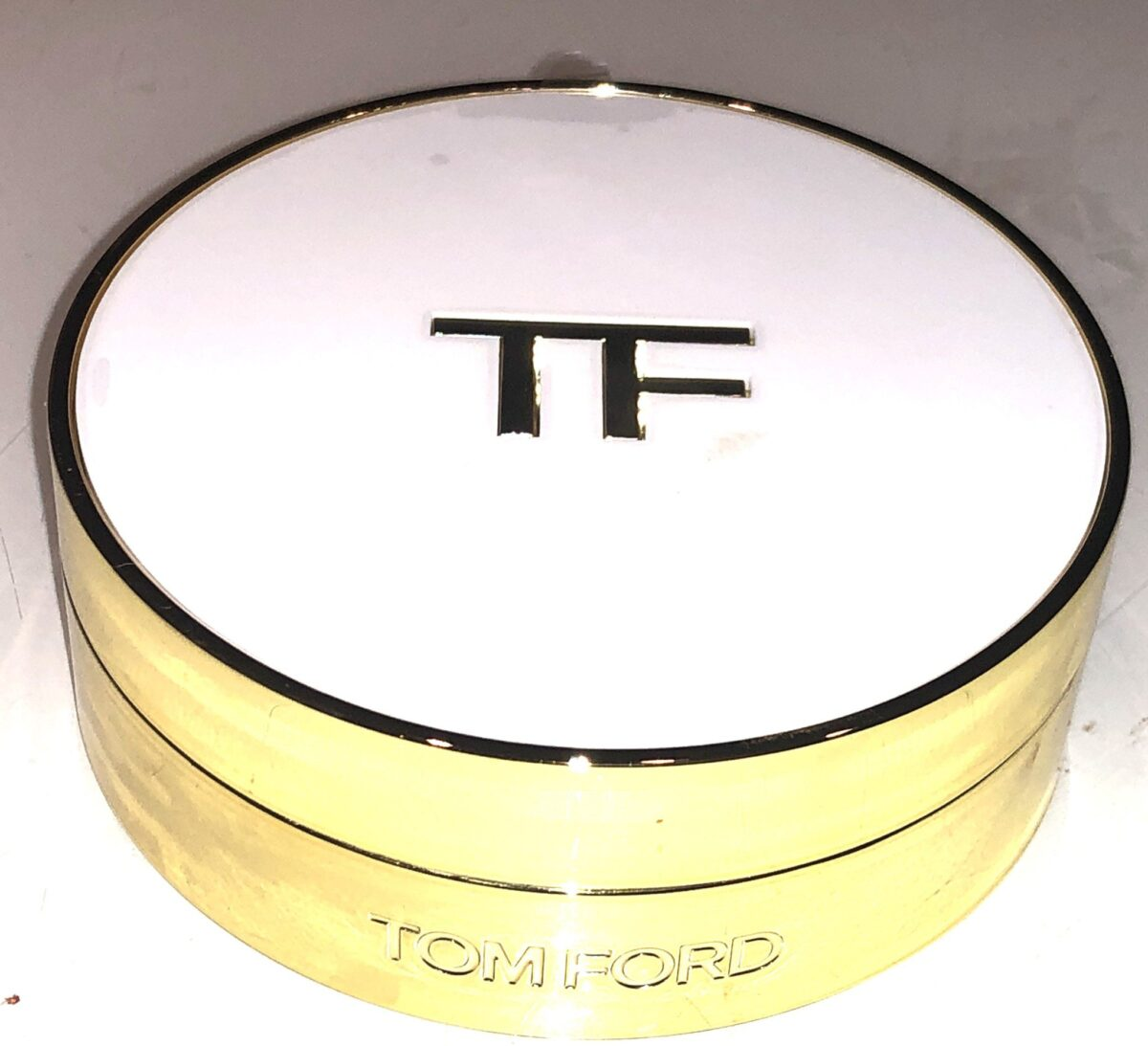 TOM FORD SOLEIL GLOW HYDRATING CUSHION COMPACT