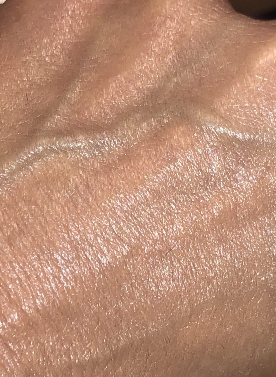 7.8 WARM BRONZE SWATCH RADIANT, SMOOTH, NATURAL LOOK