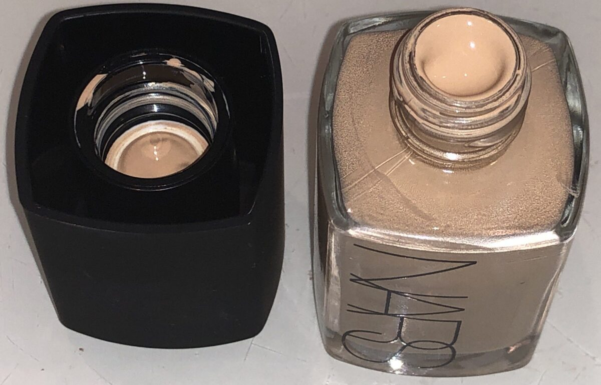 SCREW TOP BOTTLE FOR NARS SHEER GLOW FOUNDATION