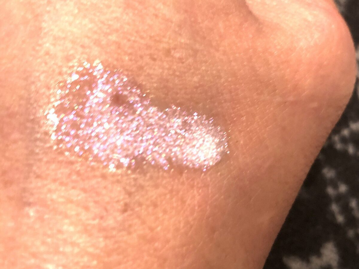 another Color FX Glitter Drops Swatch in the shade Aurora