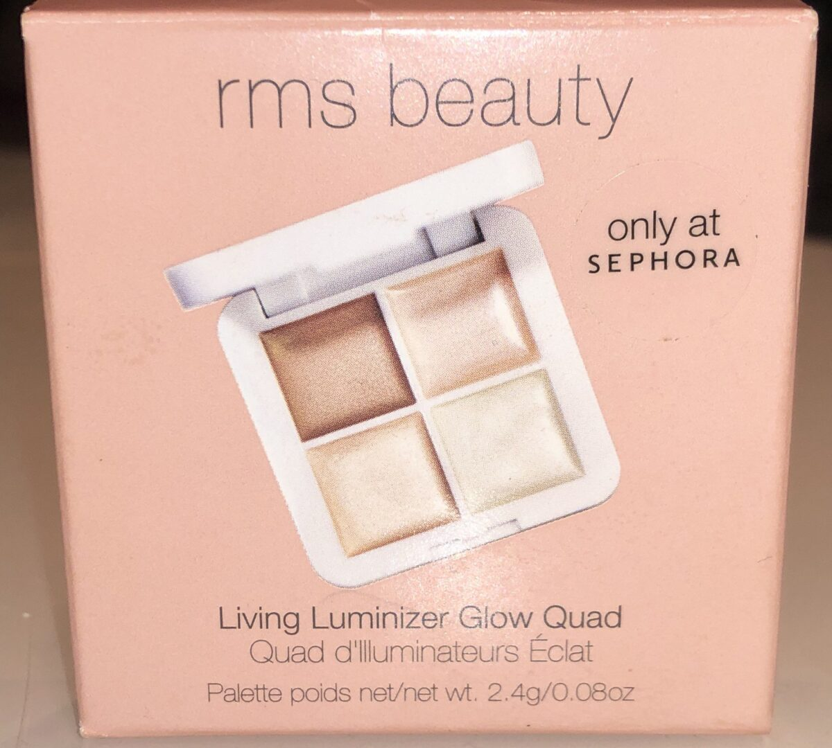 THE FRONT OF THE RMS LIVING LUMINIZER GLOW QUAD MINI