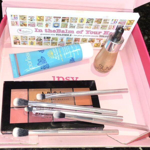 THE IPSY GLAM BAG PLUS AUGUST 2019