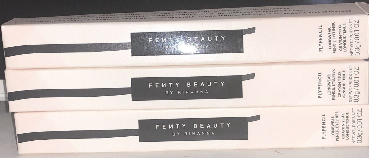 FENTY FLYPENCIL OUTER BOX
