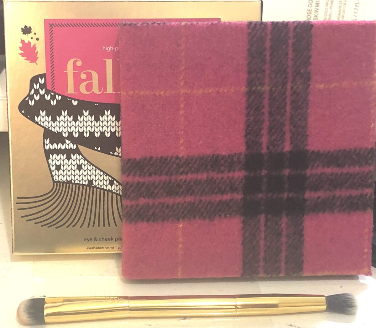 TARTE FALL FEELS EYE AND CHEEK PALETTE WITH DOUBLE-ENDED EYESHADOW BRUSH (QVC PURCHASE ONLY)