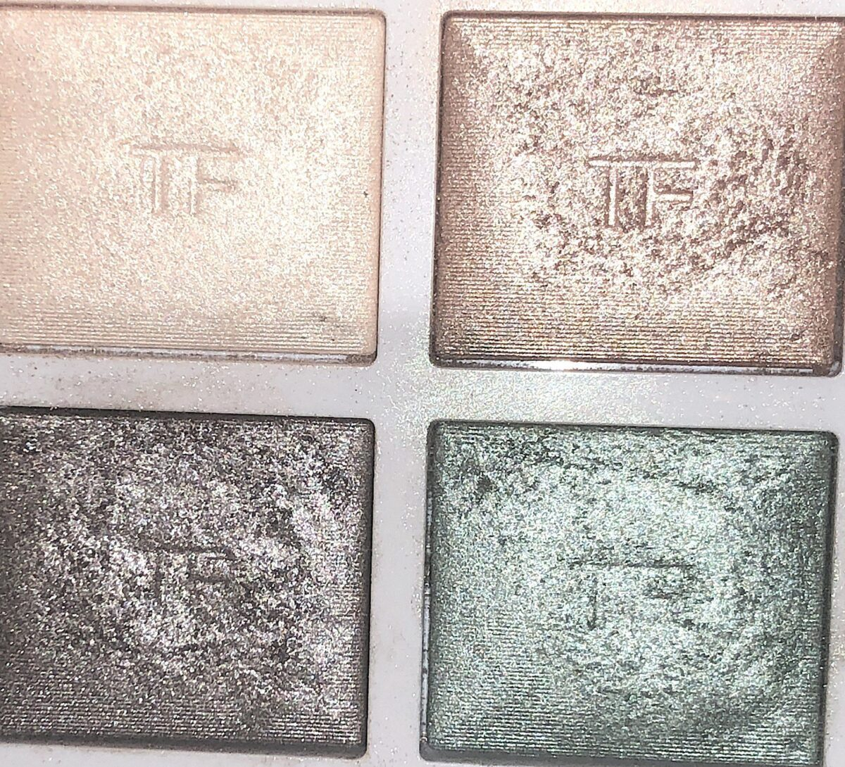 THE SHADES IN THE SOLEIL ET LUNE PALETTE