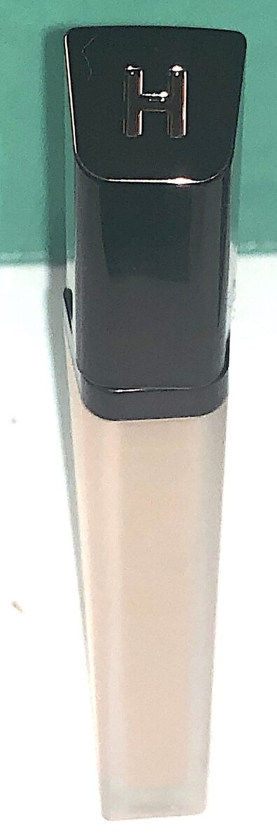 THE HOURGLASS VANISH AIRBRUSH CONCEALER SLANTED LID WITH THE HOURGLASS LOGO
