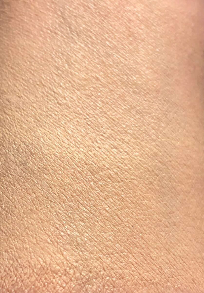 SWATCHES BLENDED IN 5 NEUTRAL ON TOP, 6 NEUTRAL ON BOTTOM