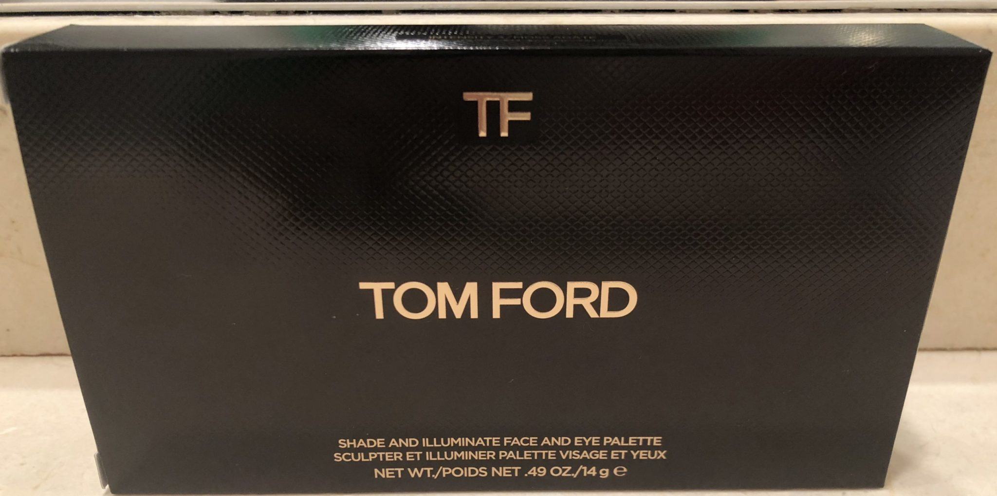 Tom Ford Shade & Illuminate Face & Eye Palette outer boc