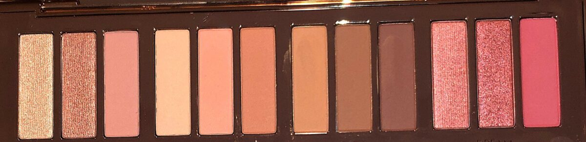 THE PILLOW TALK INSTANT EYESHADOW PALETTE
