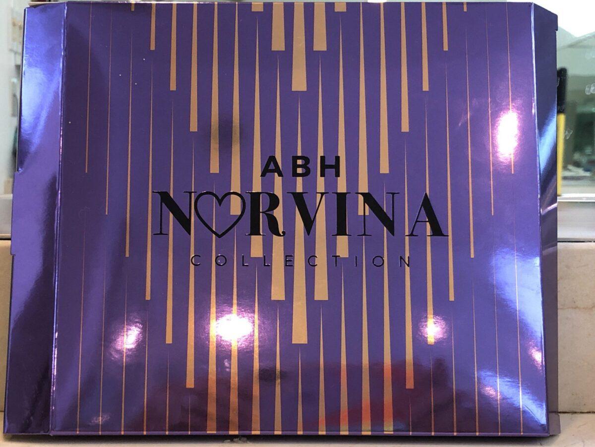 NORVINA PRO PIGMENT PALETTE'S OUTER BOX