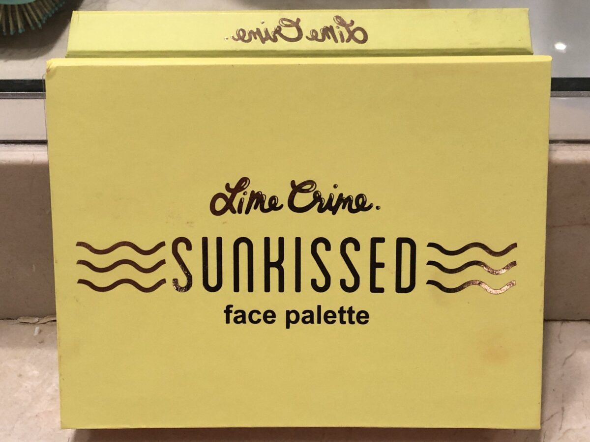 THE LIME CRIME SUNKISSED FACE PALETTE COMES IN A STURDY YELLOW CASE