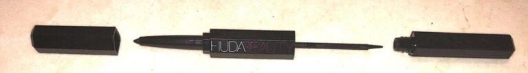 HUDA BEAUTY LIFE LINER ONE SIDE IS LIQUID LINER THE OTHER SIDE IS A PENCIL