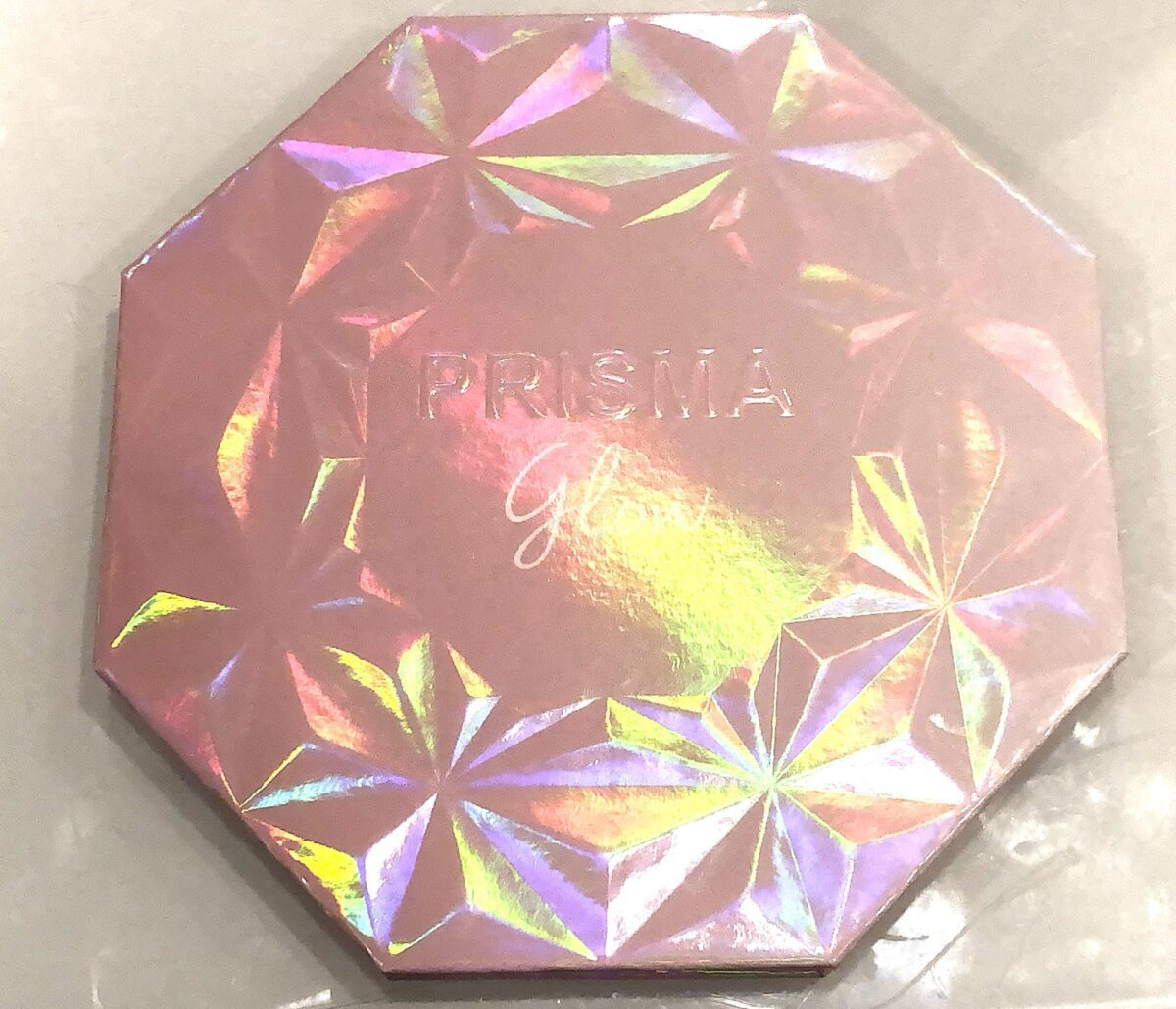 THE PRISMA GLOW HIGHLIGHTER PALETTE OUTER BOX